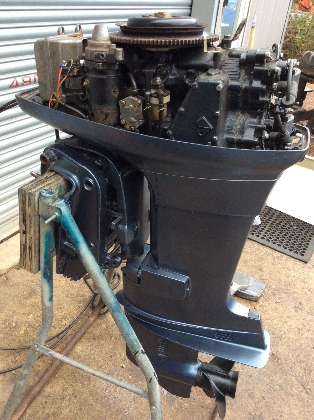 Yamaha 55hp long shaft 2 stroke electric start with remotes !SOLD!